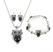 Lumanuby Retro Jewellery Set Necklace Earrings Bracelet Elegant Women Girls Gift Set of Pendant Necklace+Earrings+Bracelet