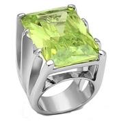 YourJewelleryBox LOA847 SIMULATED DIAMOND RING RHODIUM EMERALD APPLE GREEN STATEMENT COCKTAILS
