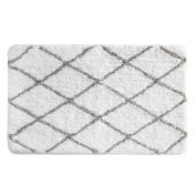 InterDesign Diamond Sherpa Microfiber Polyester Bathroom Accent Rug – 90cm x 21, White/Grey