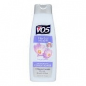 3 bottles of VO5s Herbal Escapes Conditioner, Free Me Freesia, 370ml ea