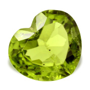 Gem Of peridoto Green in Size Heart Of 2.61 Ct. 9 x 8 mm.