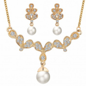 Butterfly wings Artificial pearl necklace and earrings set