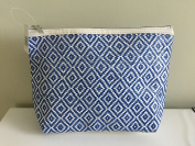 Nordstrom Cosmetic/Travel Makeup Bag, Blue/White Raffia, Large