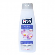 V05 Moisturising Conditioner With Aloe Extract 443ml