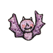 ID 0926A Cute Bat Flying Patch Halloween Kids Craft Embroidered Iron On Applique