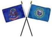 State North & South Dakota Flags 10cm x 15cm Desk Set Table Gold Base