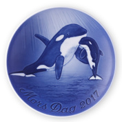 Bing & Grondahl 1021114 Mother's Day Plate 2017, Orca and Yong