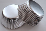 50 pcs Metallic Silver Aluminium Foil Standard Size Cupcake Liners for Special Occasions Wedding