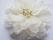 YYCRAFT Pack Of 5 Large 11cm Organza Beads 4D Flower-Ivory
