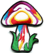 5.7cm x 6.7cm Mushroom boho hippie retro love peace weed lsd shrooms trance embroidered applique iron-on patch new