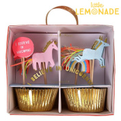 The pink of the unicorn with cupcake KIT 24 and a blue unicorn decorate cupcake cutely