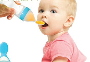 HAPPYX Baby Squeeze Feeder silicone squeeze fruit spoon
