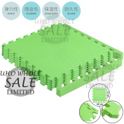 FB FunkyBuys® Soft Outdoor/Indoor Protective Flooring Mats Kids Interlocking Foam Play Mat Set Floor Matting suitable for Gym, Play Area, Exercise, Yoga- Available in Vibrant Green Colour - 60cm x 60cm Tiles