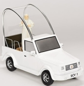 """6.75"""" Musical White and Black Pope Francis Mobile"""