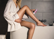 Unibos Brand New Soft and Smooth Wet and Dry Lady Shaver Battery Operated