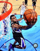 Tyreke Evans Sacramento Kings 2012-2013 NBA Action Photo #2 8x10