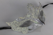 LADIES SPARKLING IVORY/CREAM AND SILVER RIALTO VENETIAN MASQUERADE CARNIVAL PARTY EYE MASK