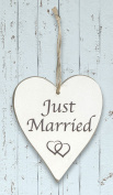 Wooden Whitewash 'Just Married' Heart Sign