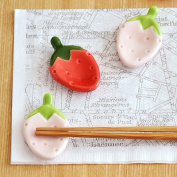 Strawberry chopstick rest chopstick rest bird / cutlery rest / grocery / Cafe tableware and Japanese instrument / children's kitchen