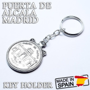 sad-828-013 only European gift miscellaneous goods pendant round shape in a PUERTA DE ALCALA MADRID Al empty gate Madrid Spain souvenir commemorative present made of key ring key ring antique style silver alloy