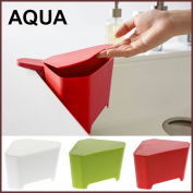 AQUA aqua triangle corner white green red with the cover to float