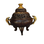 PENG Chinese antique miscellaneous pieces of wholesale gilt bronze triangular brave Tibetan incense burner