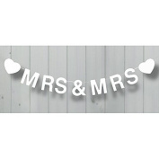 """CLUB GREEN """"Mrs and Mrs"""" Wooden Bunting, White"""