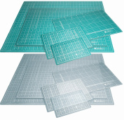 A5 green self sealing cutting mat printed with 1cm squares
