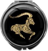 Pillbox / Round / Model Leony / Star sign / Capricorn in gold