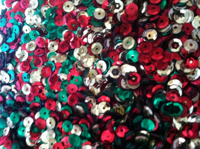The Bead and Button Box - 15g Christmas Mix Cupped Sequins 7mm, confetti, decoration, card making, sewing, art