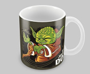 Hiros®It Just Do - Star Wars - Master Yoda as he teaches his greatest lesson - Themed 330ml Ceramic Mug , Do or do not, there is no try , Christmas Gift Mug .