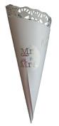 40 Confetti cones Mr & Mrs