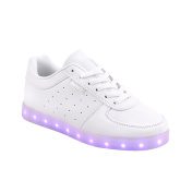 Raffies white LED sneakers size 43 with 7 different colour LED lights in The sole. The shoes are rechargeable with The included USB charging cable.