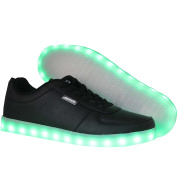 Crazy Raffie's LED sneakers in size 38 have eleven different light positions in the sole. They are rechargeable via the included USB charging cable.