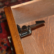 Cardinal Gates Cabinet & Drawer Latches, 4-Pack