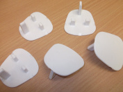 10 x 3 Pin Plug Socket Covers Protectors Baby Child Safety Toddler Safety Covers Inserts Protection