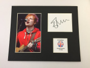 LIMITED EDITION ED SHEERAN SIGNED DISPLAY PRINTED AUTOGRAPH AUTOGRAPH AUTOGRAF AUTOGRAM SIGNIERT SIGNATURE MOUNT FRAME