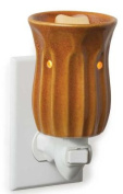 RUST Pluggable Warmer by Candle Warmers