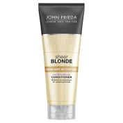 John Frieda Sheer Blonde Highlight Moisture Conditioner 250Ml