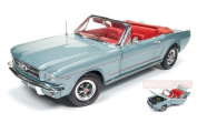 AUTO WORLD AMM1103 FORD MUSTANG CONVERTIBLE 1965 SILVER SMOKE GREY 1:18 DIE CAST