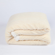 SnugMe Coral Sherpa, High quality XXL Cudly Blanket Made of Fluffy and Soft Fleece & Lamb Pile Plush, 200 x 150cm, beige