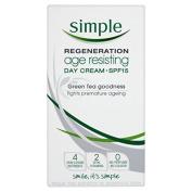 Simple Age Resisting Day Cream Spf 15 50Ml