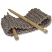 Knitting set for beginners - A kit to knit a headband - Chunky Yarn from Peru - Brown Suede - Explanation (FR, EN, ES, DE, IT)- Knitting Kit with Needles 15 mm Perfect For An Adult Beginner