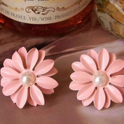 ZHUOTOP Lovely Cute Pink Daisy Flower with Pearl Stud Earrings