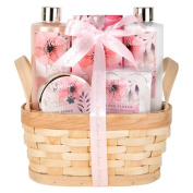 Invero® 5 Piece Relaxing Ladies Pink Cashmere Bathing Gift Set - Presented in a Luxurious Wooden Basket with Attractive Ribbon ideal for Birthday, Mother's Day, Valentine's Day, Anniversary's and more
