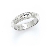 14k White Gold Claddagh Mens Ring - 5.2 Grammes - Size 10.0