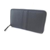 "Leather zip wallet + chequebook holder 'Gianni Conti'- 19x10.5x2.5 cm (7.48""x4.13""x0.98"")."