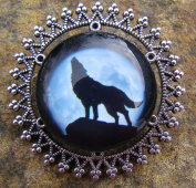 Howling Wolf, Glass Bead Brooch Lapel Pin Badge Handmade Arts and Craft, Victorian