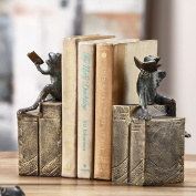 San Pacific International Bibliophile Frogs on Books Bookends