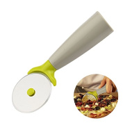 OUMOSI Stainless Steel Pizza Cutter with Handle Rotating Pizza Wheel Cutting Bread Roller